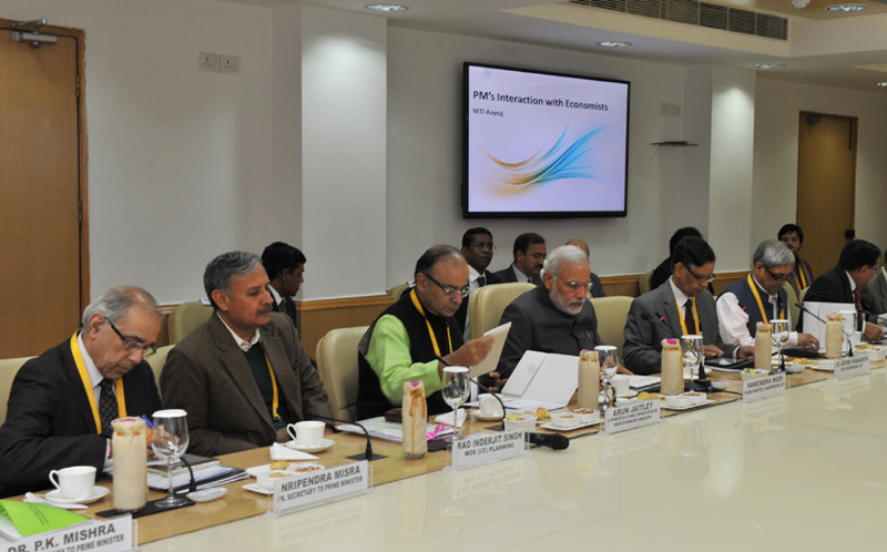 PM's interaction with economists at NITI Aayog