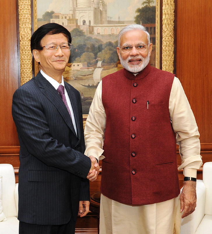The Secretary of the Central Political and Legal Affairs Commission of the Communist Party of China, Mr. Meng Jianzhu calls on the Prime Minister, Shri Narendra Modi, in New Delhi on November 09, 2016.