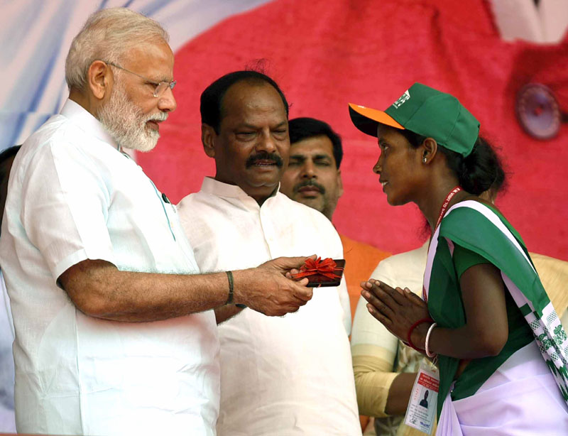 PM launches development projects in Jharkhand