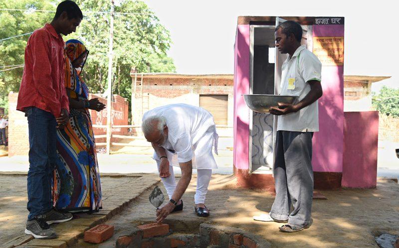 PM performs Swachhta Shramdaan, visits Pashudhan Arogya Mela, addresses gathering at Shahanshahpur, Varanasi