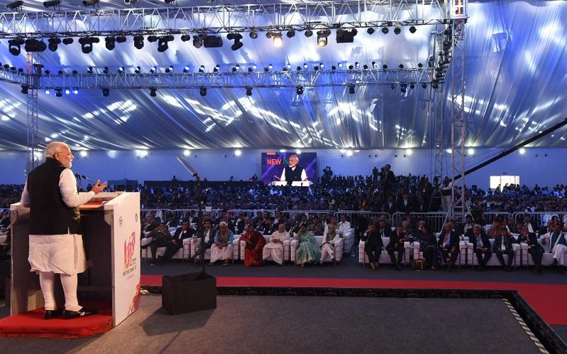 PM addresses Uttar Pradesh Investors' Summit 2018