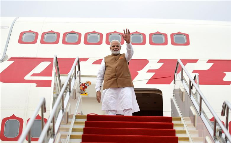 The Prime Minister, Shri Narendra Modi departs from Wuhan, China after a successful Informal visit on April 28, 2018.