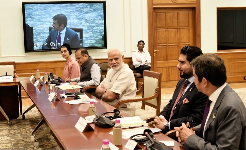 PM with Members of Oman India Joint Business Council, in New Delhi