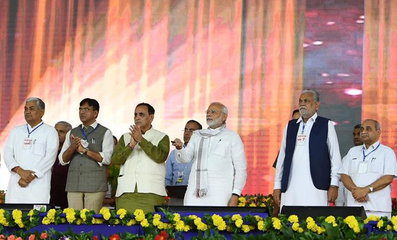 PM inaugurates various projects in Junagadh district