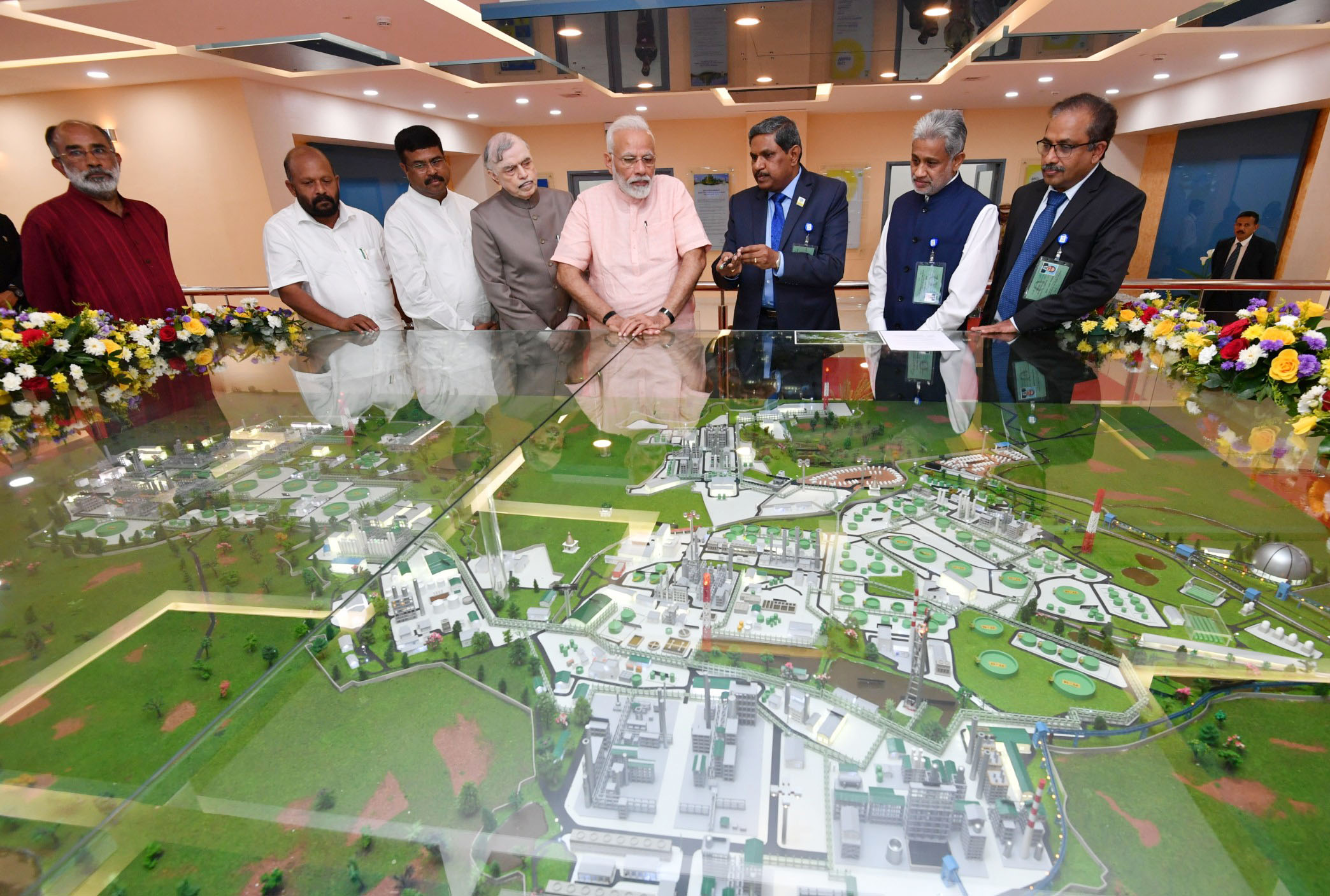 PM dedicates to the nation Integrated Refinery Expansion Complex and Mounded Storage Vessel at LPG Bottling Plant in Kochi