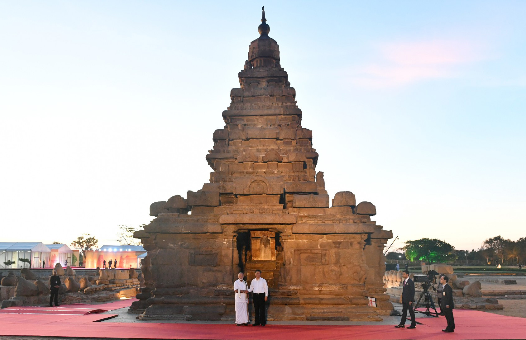 The Prime Minister, Shri Narendra Modi and the President of the People's Republic of China, Mr. Xi Jinping visiting the Shore Temple Monuments, in Mamallapuram, Tamil Nadu on October 11, 2019.